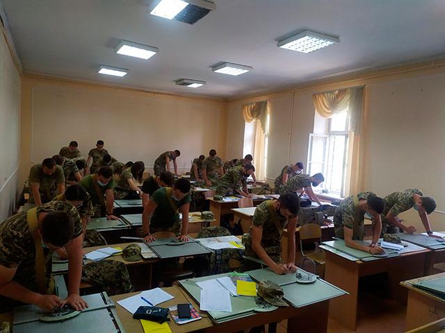 Навчальний збір з випускниками – майбутніми офіцерами