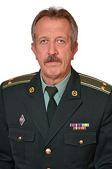 Мазяр Олег Євгенович, старший викладач, голова предметно-методичної комісії,  підполковник у відставці